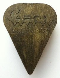 Conrad Caron Multi-Pick guitar pick plectrum